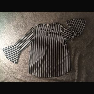 ❤️❤️ ARABELLA Black and White Striped Blouse
